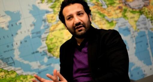 TV 2-reporter fengslet i Pakistan: Forteller at han ble angrepet og slått med køller