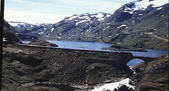 Norsk sakte-TV erobrer verden: Hurtigruten, strikking og togturer på Netflix
