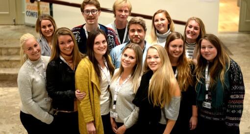 13 studenter fra Volda skal dekke den store gravekonferansen - i alle kanaler og kun på engelsk