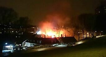 Hvorfor brant Nedre Foss gård? Patetisk brannjournalistikk fra norsk presse