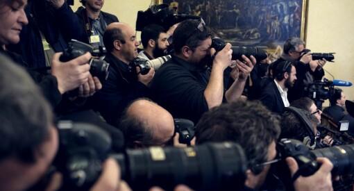 Vi fotografer må selv ta ansvar. Nå gjør vi det enkelt for mediehusene å kutte jobbene våre
