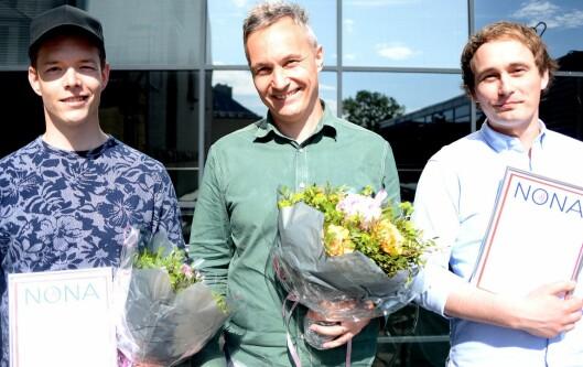 TU.no vant Netthodeprisen i 2016. I midten redaktør Svein-Erik Hole, til høyre redaksjonell utvikler Ruben Solvang. Til venstre; Einar Otto Stangvik fra VG, som også vant pris.