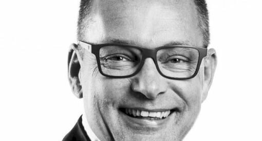 Øyvind Bladt Hagen blir regiondirektør for Amedia Buskerud og Vestfold. Han starter jobben med å kutte åtte årsverk på salg