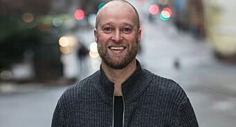 Når en Erik går av, tar en annen over: Erik Skarrud blir sekretær for Kringkastingsrådet