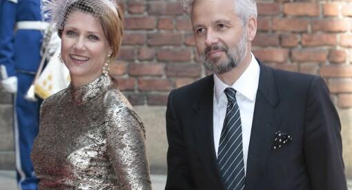 Da Märtha skilte seg fra Ari, giftet NRK, NTB og TV 2 seg med slottet. Og lot hoffet være redaktør
