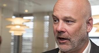 NRK-sjef Thor Gjermund Eriksen sier lisensfrys betyr at kanalen må kutte over 100 millioner kroner neste år