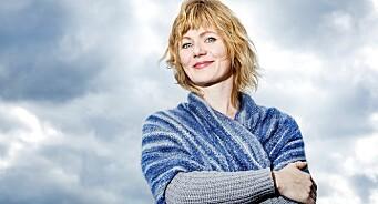 Religionsforsker og professor Anne Kalvig kritiserer NRKs Folkeopplysningen. Mener kontakt med de døde «ikke trenger å etterprøves»