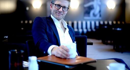 Svein Tore Bergestuen får 100.000 til å lage bok om krigsfotograf Harald Henden i VG. Se alle prosjektene som fikk penger av Fritt Ord her