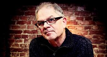Vi har lest den siste boka fra Lars Aarønæs. Her er de 7 beste rådene for å fange leseren når du skriver