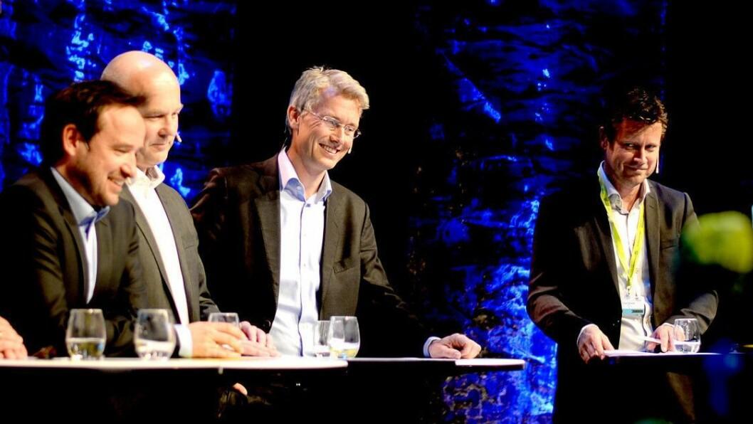 Fra venstre: MTG TV-sjef Morten Micalsen, NRK-sjef Thor Gjermund Eriksen (som ikke trenger å selge reklame), TV 2-sjef Olav Sandnes og daværende P4-sjef Trygve Rønningen - nå kanalsjef i TV 2. Bildet er fra TV-toppmøtet på Nordiske Mediedager i 2015.