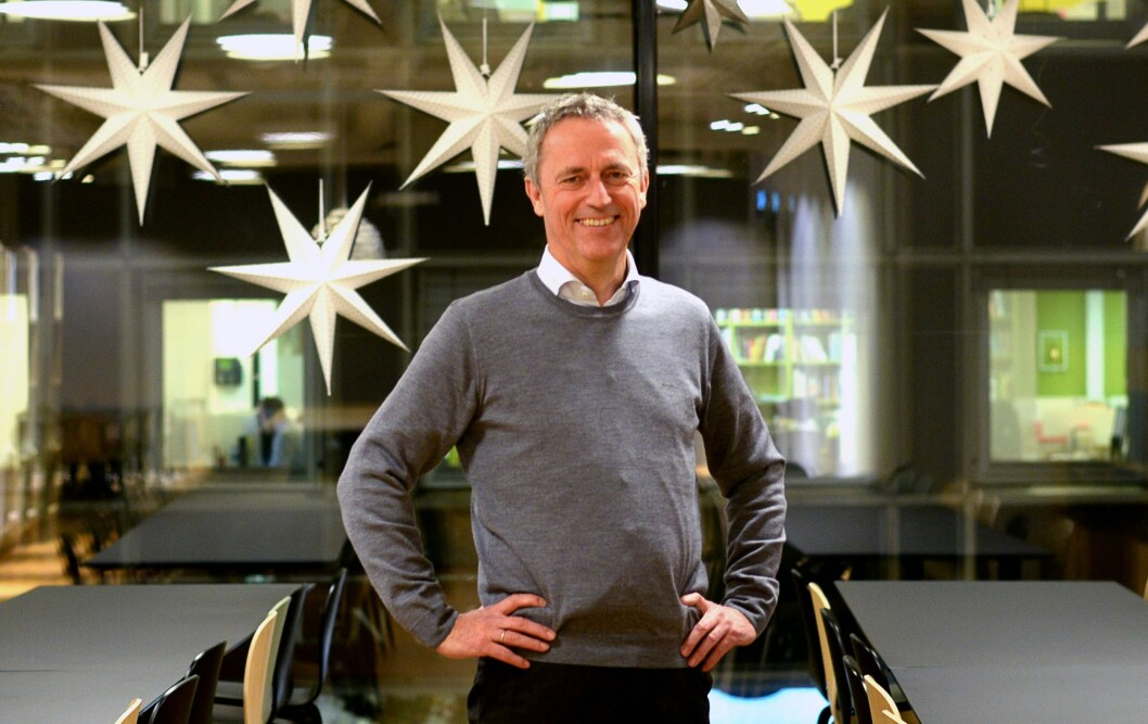 GOD JUL: Are Stokstad ønsker god jul - til både egne kolleger og andre i mediebransjen. Han er glad for at det er bedre samarbeidsånd i bransjen enn det kanskje har vært tidligere.