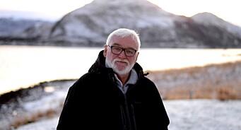 Svein Jørstad (67) har nok en gang bestemt seg for å ikke slutte: Journalistveteranen fortsetter i Finnmark Dagblad
