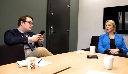 Sylvi Listhaug, innvandrings- og integreringsminister - og politisk rådgiver Espen Teigen. Sistnevnte «styrer» mye av Listhaugs virksomhet i sosiale medier.