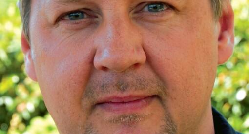 Journalist og forfatter Tom Bakkeli (55) gikk brått bort tirsdag kveld