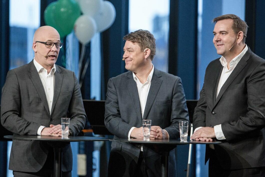 Kringkastingssjef Thor Gjermund Eriksen, P4-sjef Kenneth Andresen og Bauer Media-sjef Lasse Kokvik for akkurat ett år siden - da FM-slukkingen startet i Nordland 11. januar 2017.