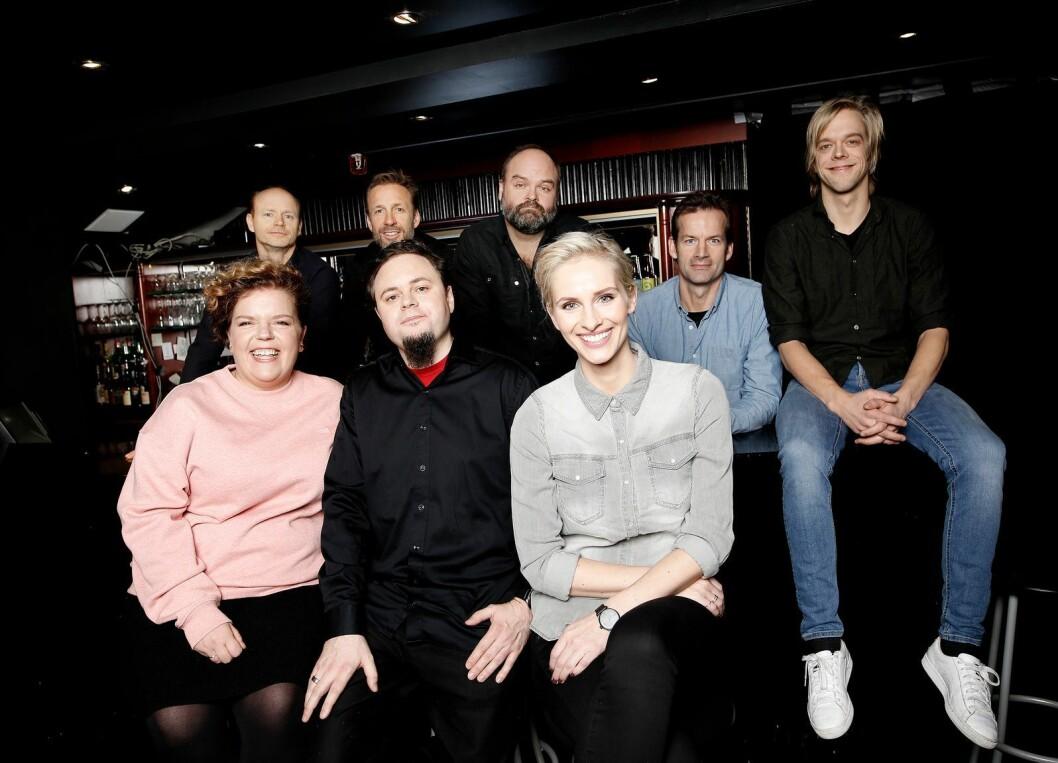 Fra lanseringen av Mandagsklubben:Harald Eia, Thomas Giertsen, Atle Antonsen, Jon Almaas, Calle Hellevang-Larsen, Else Kåss Furuseth, Dag Sørås og Anne Rimmen.