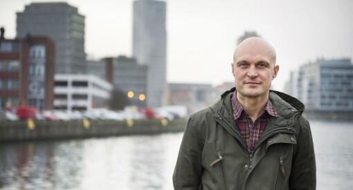 Den svenske journalisten Fredrik Önnevall hjalp en flyktning – nå risikerer han fengsel etter tiltale om menneskesmugling