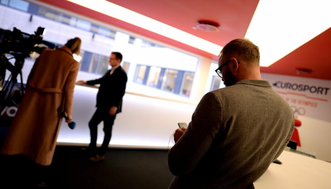 NRK på besøk hos de avtroppende Discovery-sjefene.
