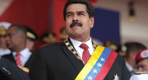 Leiv Marsteinstredet til frontalangrep mot Klassekampens «falske nyheter» fra Venezuela