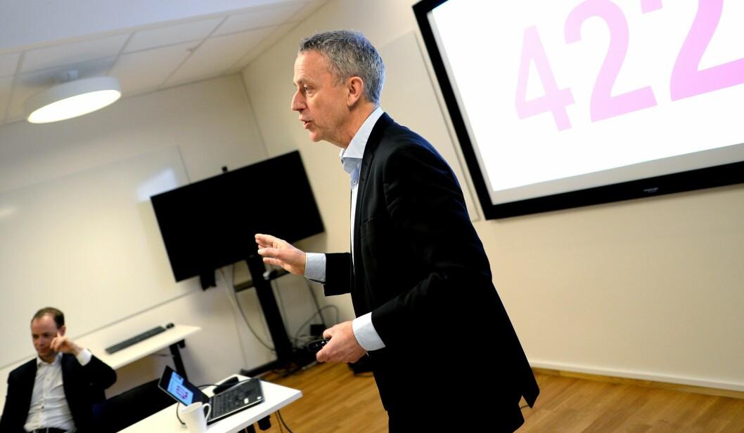 Are Stokstad, konsernsjef i Amedia. Her på resultatpresentasjonen tidligere i år.