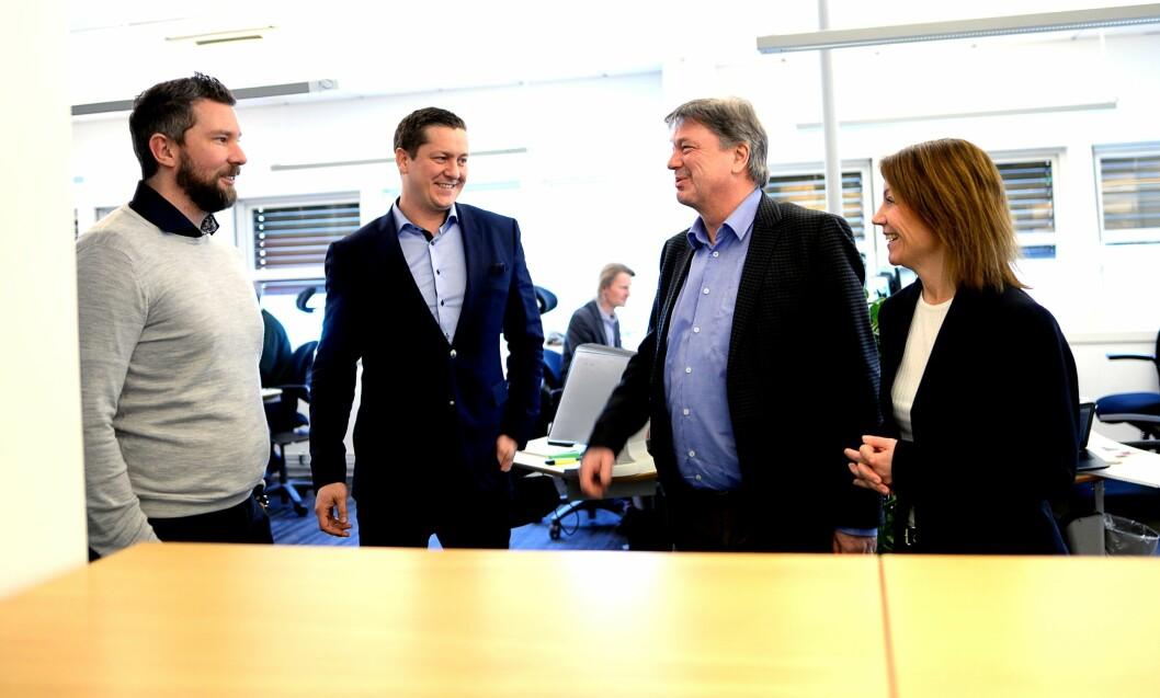 Budstikka, fra venstre: Salgsdirektør Ulf Kvalvik, byråleder Thomas Dobloug-Holm, direktør Terje Tandberg og ansvarlig redaktør Kjersti Sortland.