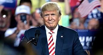 President Trump ber pressen om hjelp til å donere bort lønnen sin
