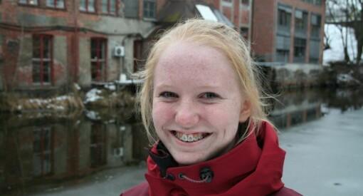 Ida (13) jobber som journalist i Forskning.no. Hun jakter nyheter som ungdom vil lese