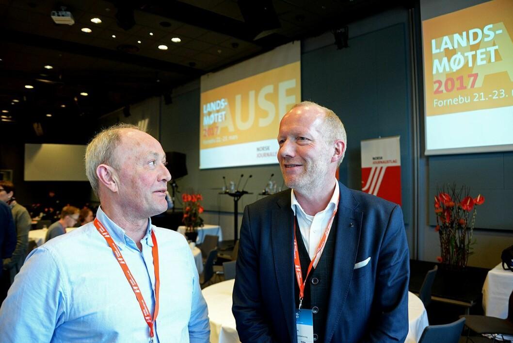 Leder Thomas Spence i Norsk Journalistlag og leder Arne Jensen i Norsk Redaktørforening under NJ sitt landsmøte på Fornebu.