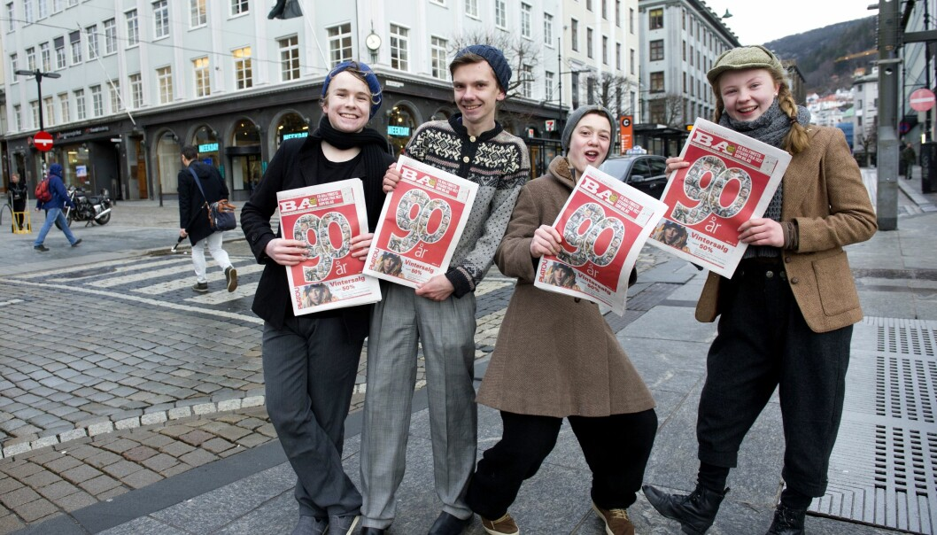 Tirsdag morgen markerte BA 90-årsjubileet ved å sende avisbud på gata.