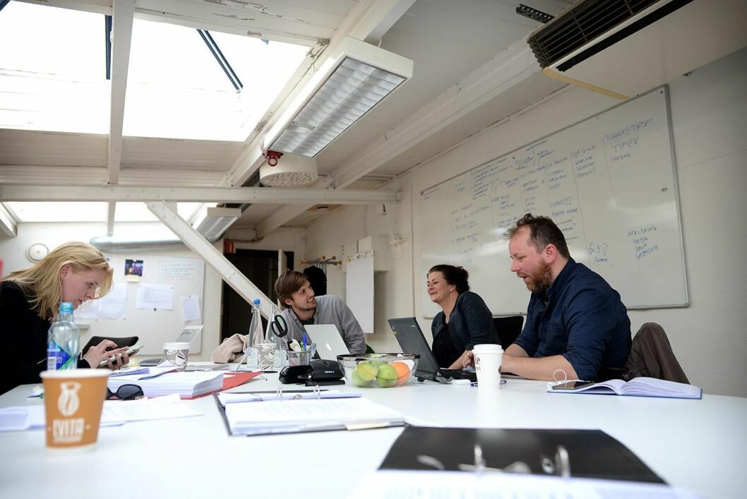 Uløst-redaksjonen jobber på loftet sitt hos Rubicon på Torshov i Oslo.