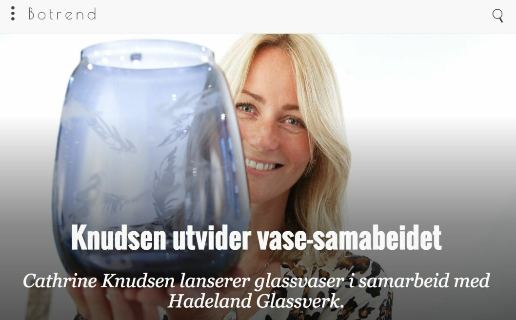 Faksimile fra den nå felte nyhetsomtalen av de lokalproduserte glassvasene.