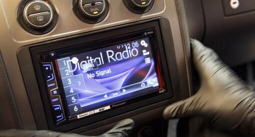 Radio Metro risikerer 40.000 kroner i bot etter at de brøt FM-forbudet. Nasjonal kommunikasjonsmyndighet ser alvorlig på saken