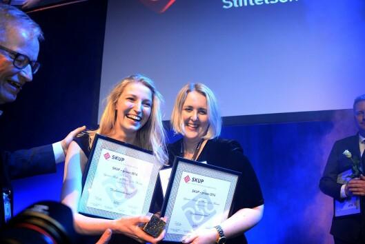 Journalistene Synnøve Åsebø og Mona Grivi Norman fra VG vant SKUP-prisen. De står bak prosjektet der de avslørte ulovlig beltebruk i norsk psykiatri.