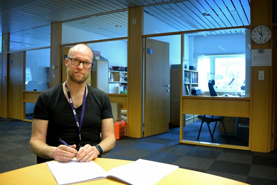 Sekretær Erik Skarrud i Kringkastingsrådet - her fra sitt kontor på Tyholt i Trondheim.