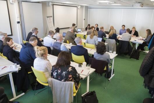 Det er stor oppmerksomhet rundt tirsdagens møte, som for anledningen holdes Thon Conference i Oslo sentrum.