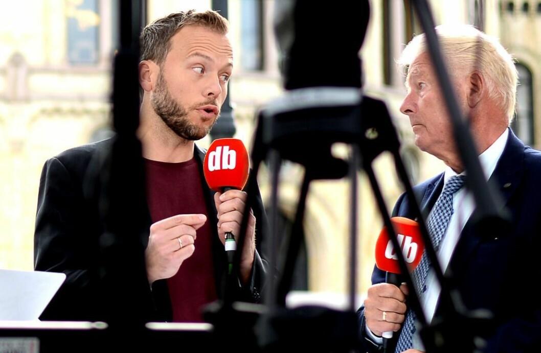 SV-leder Audun Lysbakken ville fått 22 representanter på Stortinget dersom norske journalister fikk bestemme. Frp-nestor Carl I. Hagens parti ville ikke kommet hitt. Her fra valgkampdebatt høsten 2015.