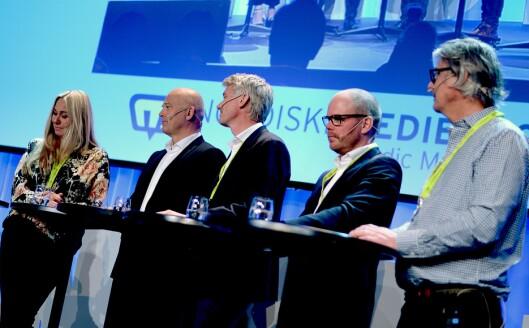 TV-toppmøtet 2017 på Nordiske Mediedager, fra venstre: Tine Austvoll Jensen (Discovery), Thor Gjermund Eriksen (NRK), Olav Sandnes (TV 2), Gard Steiro (VG) og Morten Aass (MTG).