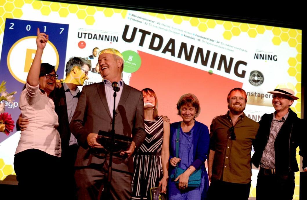 Redaktør Knut Hovland og resten av Utdanning fikk den gjeve prisen på Månefisken i Oslo torsdag kveld.