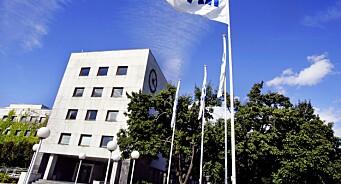 NRK-lisensen økes med 108 kroner neste år, men staten tar halvparten selv