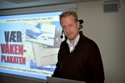 Kristoffer Egeberg - nå redaktør i Faktisk.no - holder kurs under SKUP.
