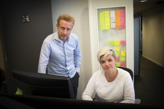 Redaktør Kristoffer Egeberg sammen med journalist Silje S. Skiphamn i Faktisk.no fra deres lokaler i Oslo sentrum..