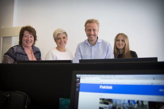 FAKTISK-redaksjonen som var på jobb fredag. Fra venstre: Signe Karin Hotvedt, Silje S. Skiphamn, Kristoffer Egeberg og Mina Liavik Karlsen.