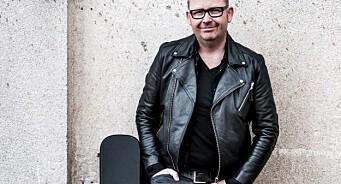 Trond Svendsen er ikke «bare» krimjournalist i Hamar Arbeiderblad. Nå er han også countryartist