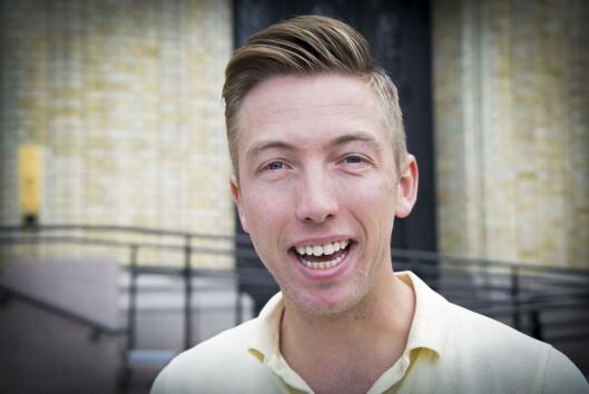 Journalist Lars Joakim Skarvøy i VG utenfor Stortinget.