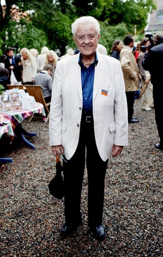 Forfatter og politiker Lars Roar Langslet var redaktør for Minerva fra 1957 til 68. Han ble senere stortingsrepresentanter og kulturminister. Langslet gikk bort i januar 2016, 79 år gammel. Bildet er fra Aschehougs hagefest i 2010.