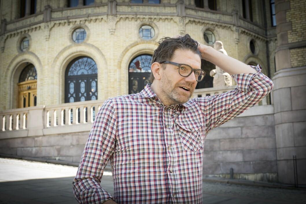 Kommunikasjonssjef Rune Alstadsæter i Høyre foran Stortinget.