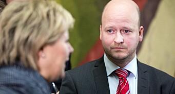 Fra statsministerens høyre hånd til hemmelige kundelister: Sigbjørn Aanes (36) blir partner i First House