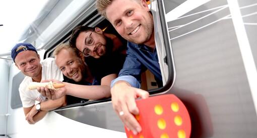 Mens Skartveit, Jacobsen & Meland har fått en stor villa, bor fire store gutter fra VGTV i bobil på parkeringsplassen