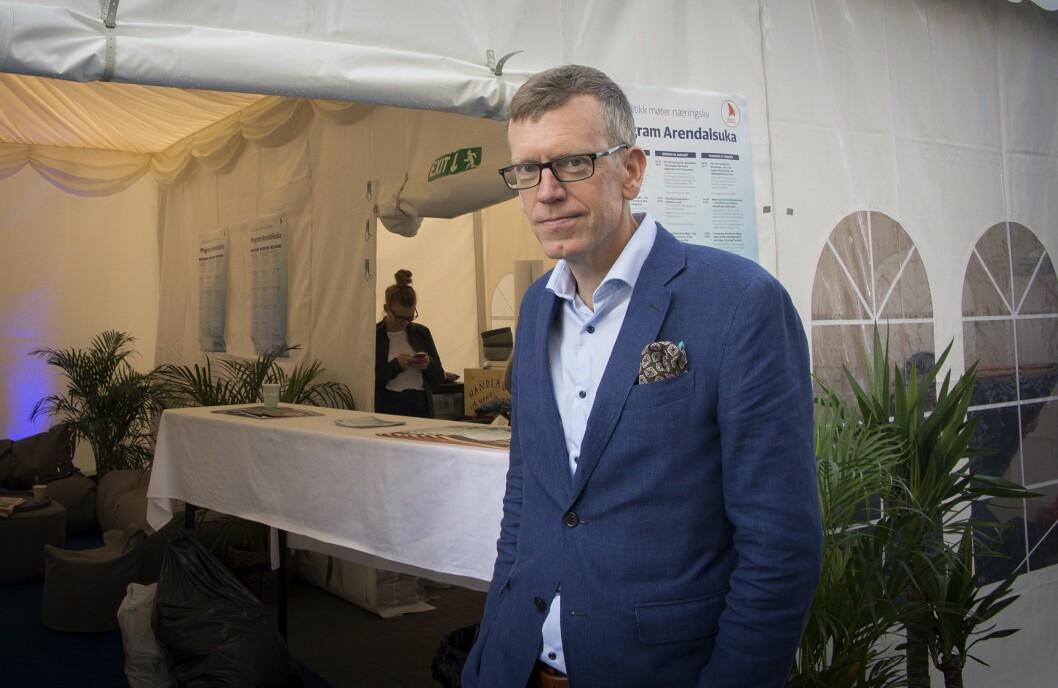 Kjetil B. Alstadheim foran DN-teltet onsdag formiddag.