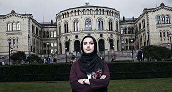 NRK har fått over 1.000 klager på ett døgn: «Latterlig at kristne kors blir nektet, men at hijab skal tillates»